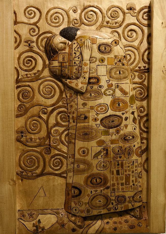 El beso. Alumno Escuela de Talla en madera Gubiarte