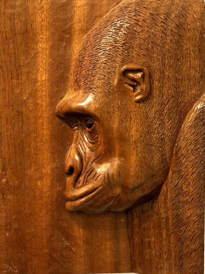 Gorila. Alumno Escuela de Talla en madera Gubiarte