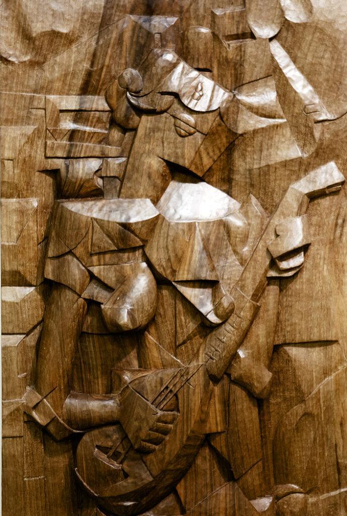Guitarrista. Alumno Escuela de Talla en madera Gubiarte