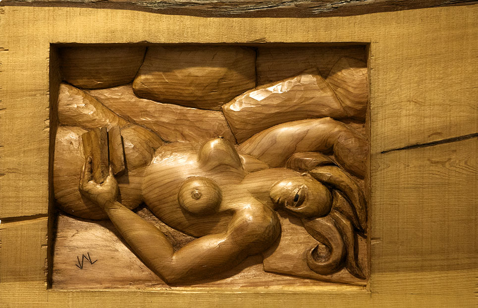 La lectora. Alumno Escuela de Talla en madera Gubiarte