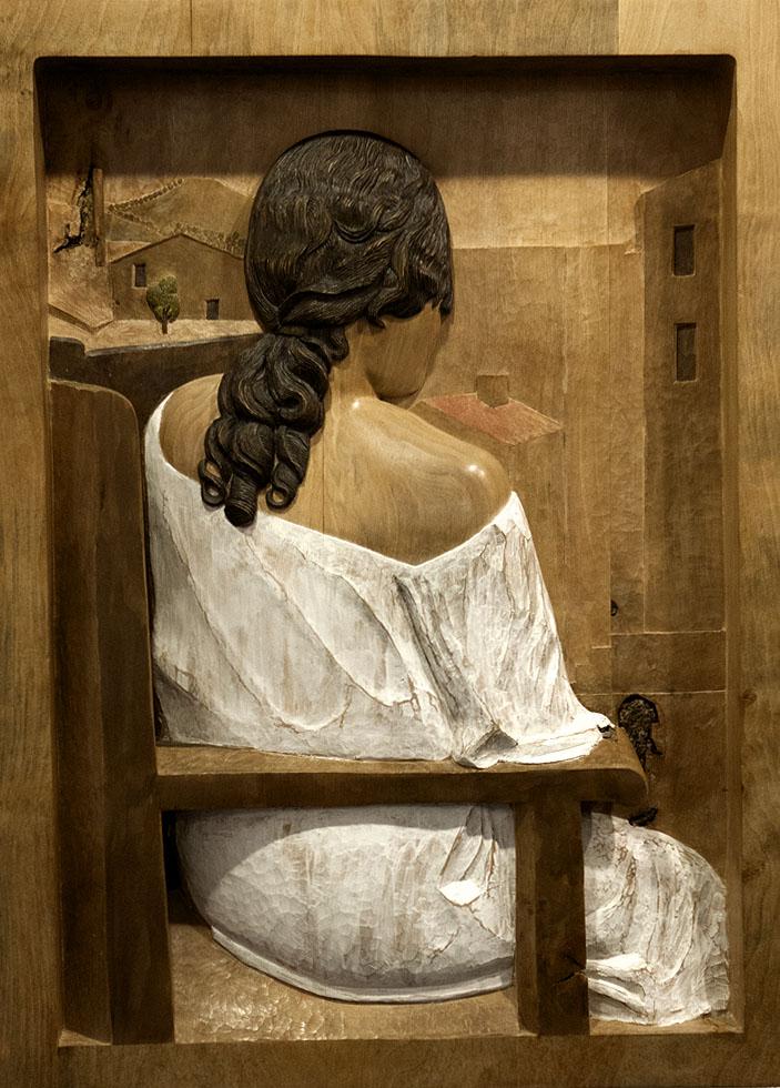 Muchacha de espaldas. Alumno Escuela de Talla en madera Gubiarte
